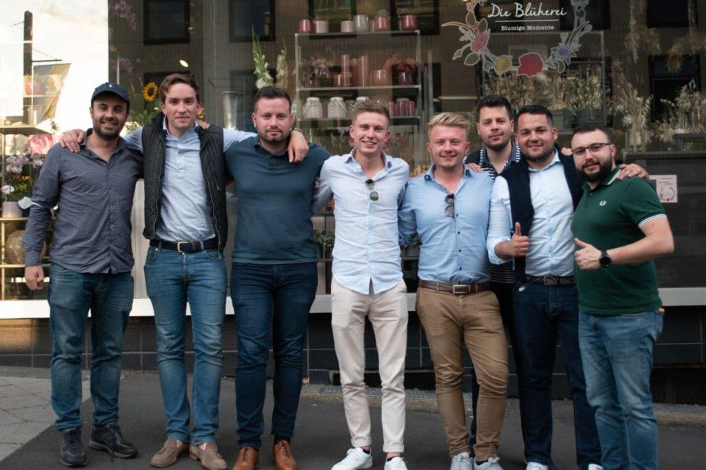 Réunion de groupe des jeunesses patriotes en Europe